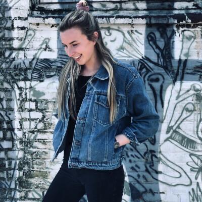 Felicia zoekt een Kamer / Appartement / Huurwoning in Breda